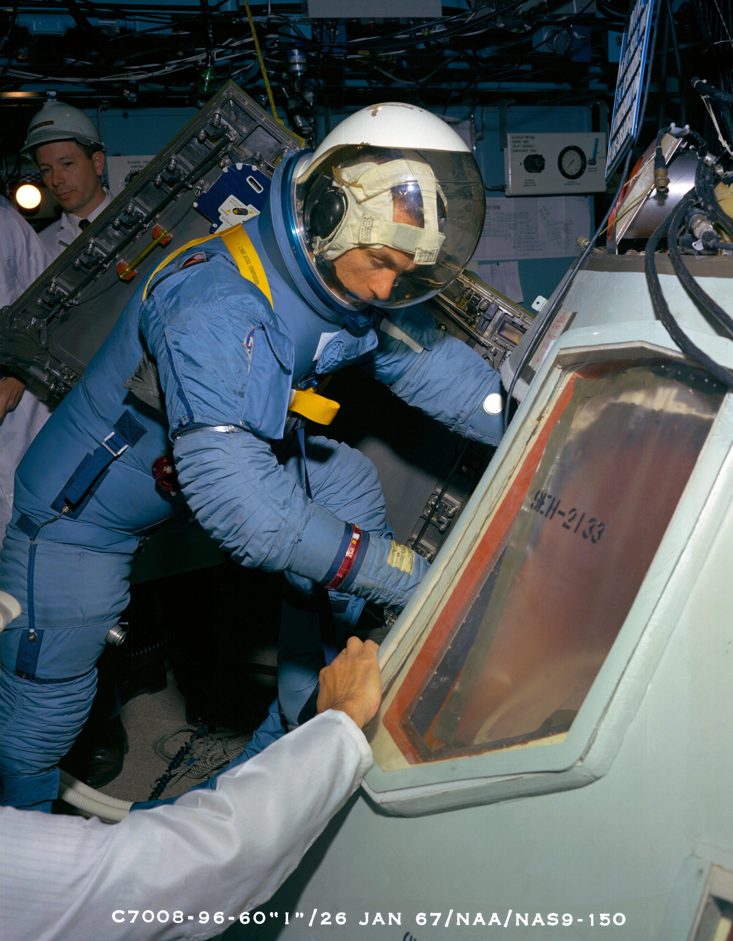 Astronaut Eugene A. Cernan, wearing Block II 1967