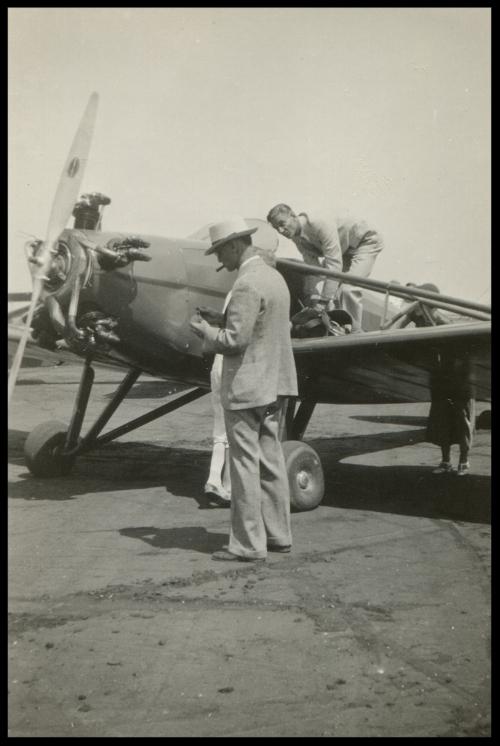 Bert Kinner- Aug 21-'32 .The first Kinner aeroplane going up to stunt.