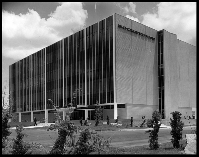 This is the new headquarters building of Rocketdyne, located in Canoga Park, which won the annual Community Award of Los Angeles Beautiful yesterday.  Image- LAPL