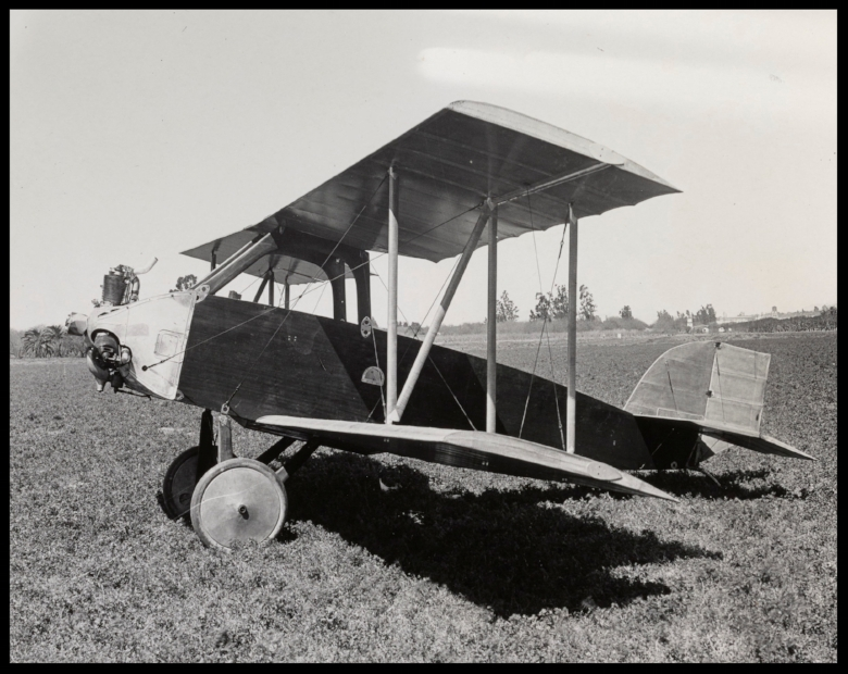 Above- Amelia Earhart's second airplane was this Glendale-built Kinner Airster, c. March 1923. It was very much an experimental proposition, 1923.  Image- John Underwood.