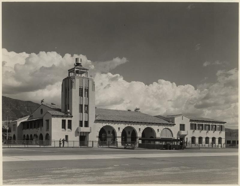 Grand Central Airport, 1310 Air Way, Glendale b 1928-33.jpg