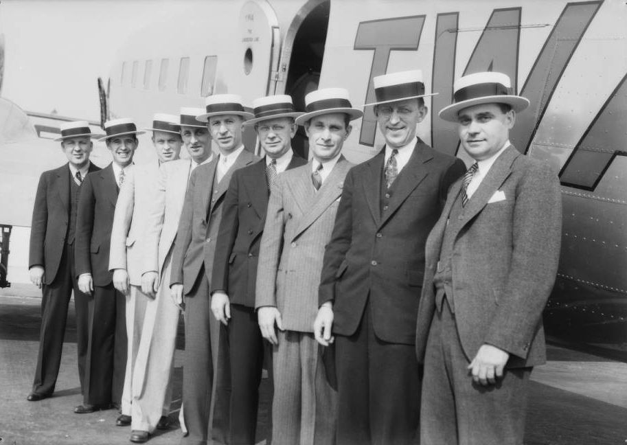 Straw hats at Grand Central Airport, Glendale, CA, 1935.jpg