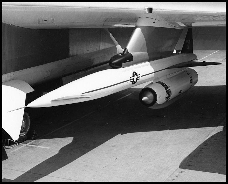 Above- GAM-77 Hound Dog Missile.