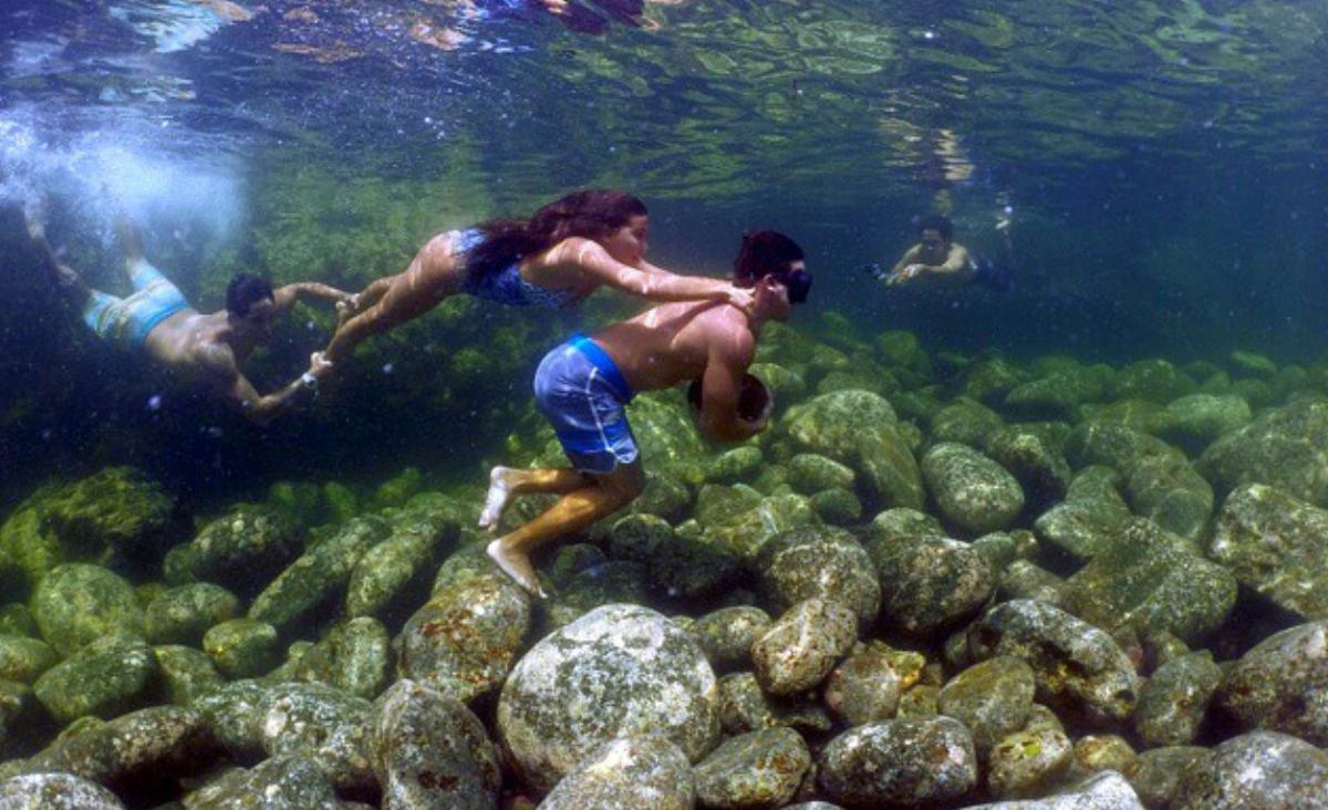 Run rock on Maui