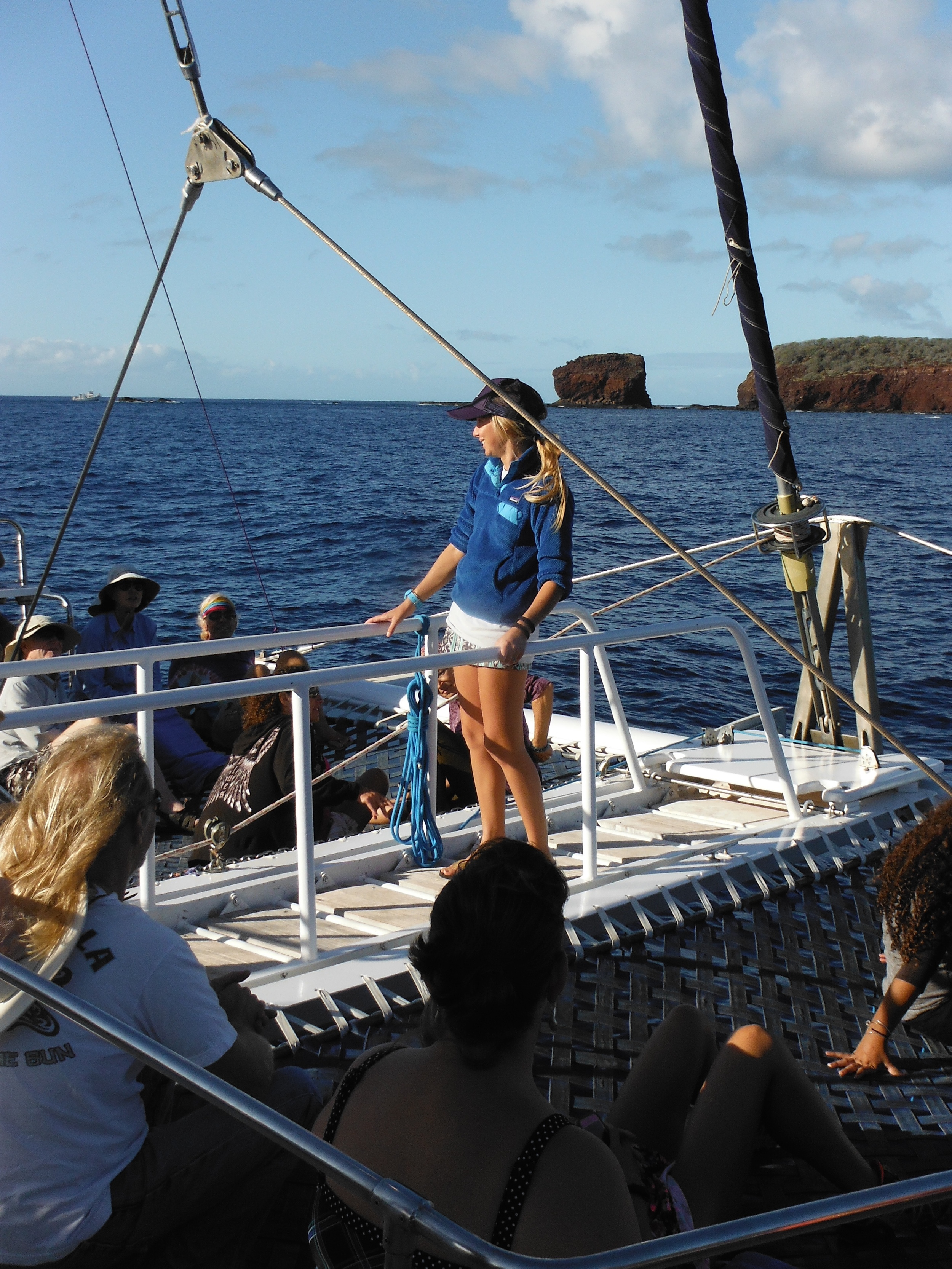 Kelly prepping the group to clear marine debris in Manele Bay