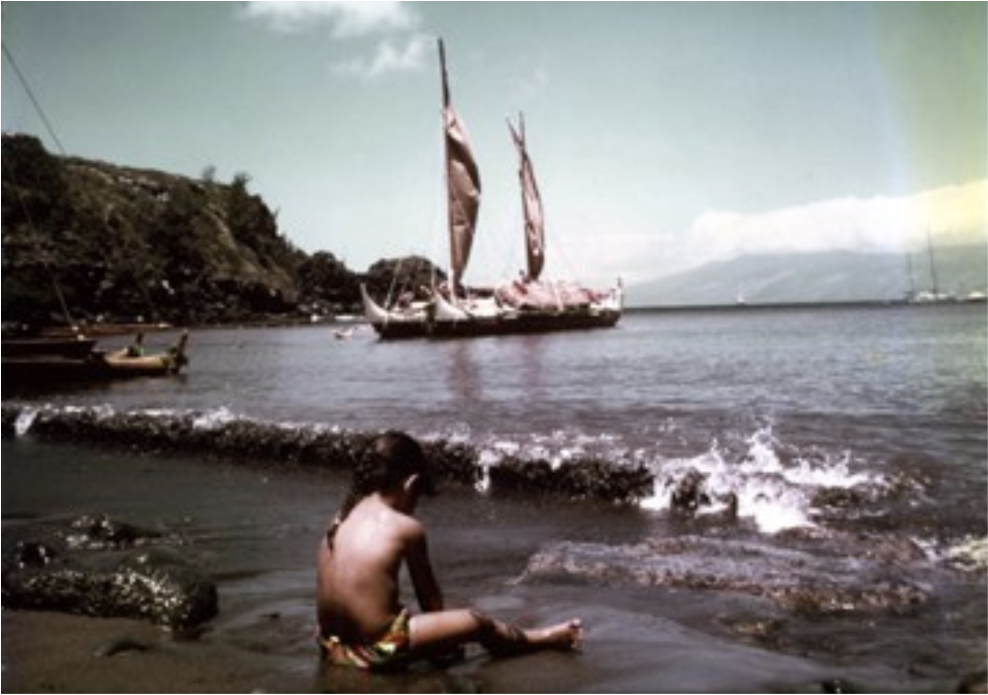 Hokule'a  in Honolua Bay, 1976. Photo by Dr. Ben Young.