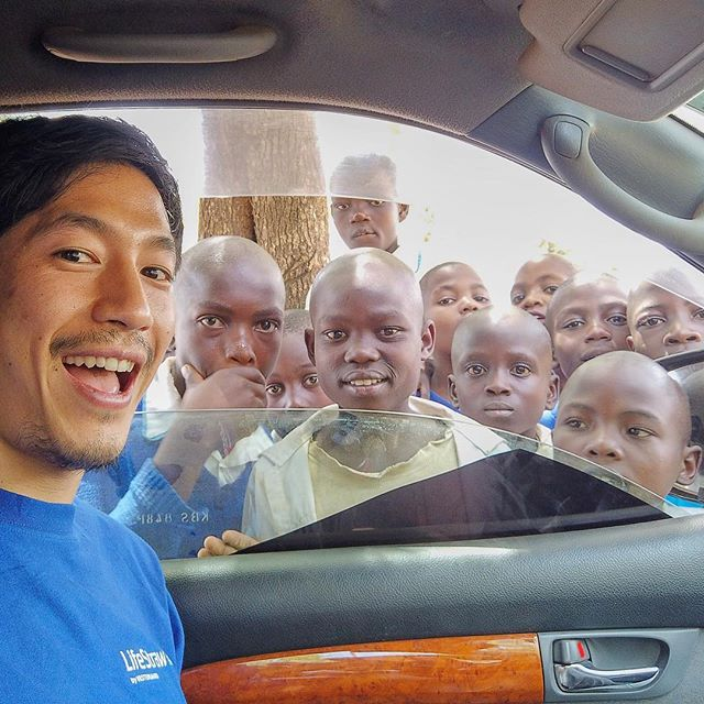 These guys were mesmerized by my #osmopocket. @lifestraw getting out there!