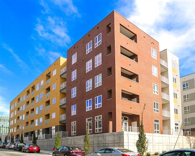 RMWest is a 137-unit project located in the River Market, and the first new construction to be completed in downtown Kansas City since Market Station in 2009.