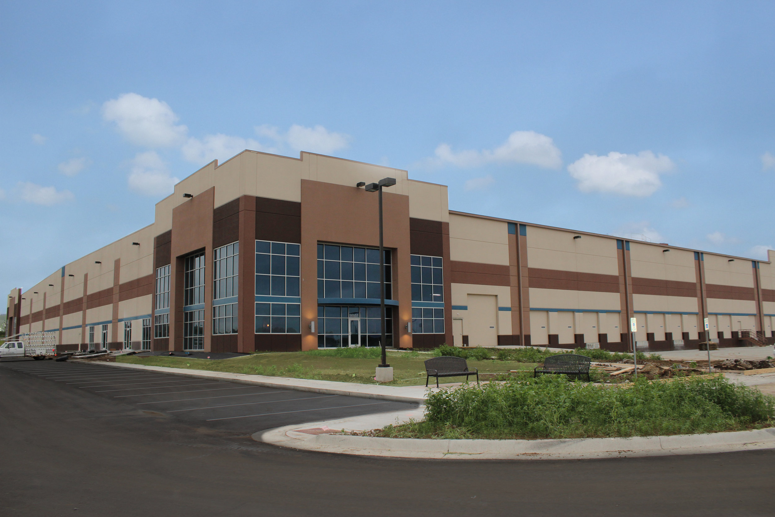 Amazon currently fully occupies Lenexa Logistics Centre 4, which is under new ownership.