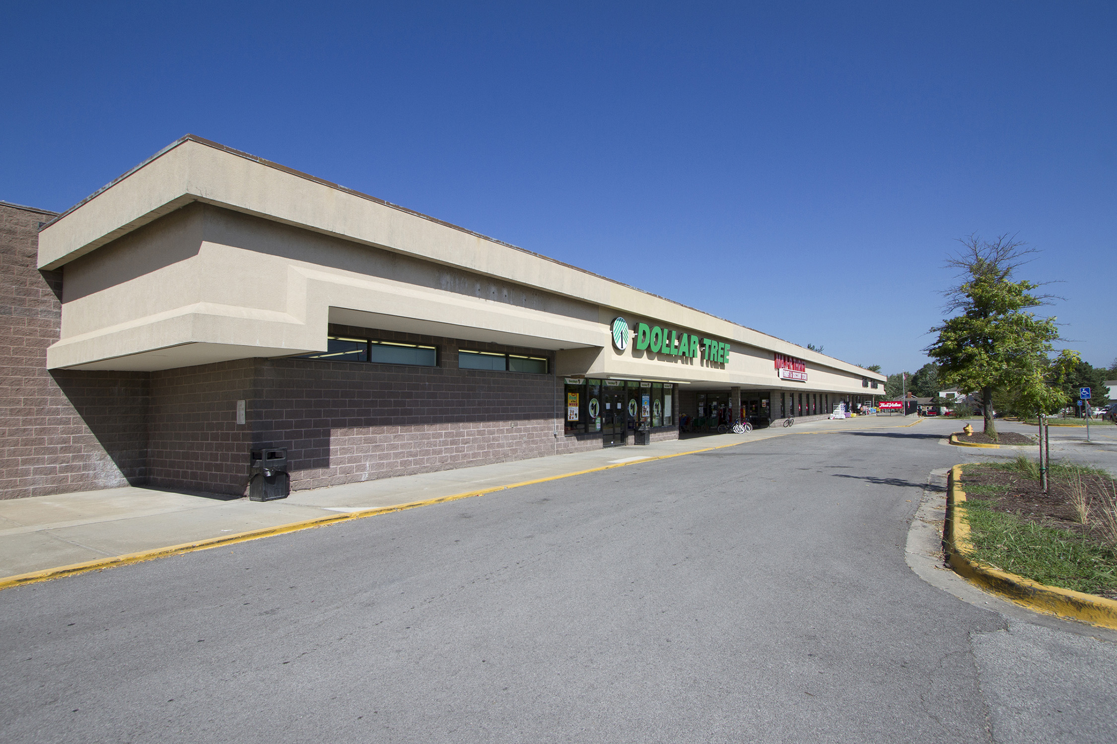 Southwest Plaza Shopping Center is located at 873 S. Parker Street in Olathe, Kan.