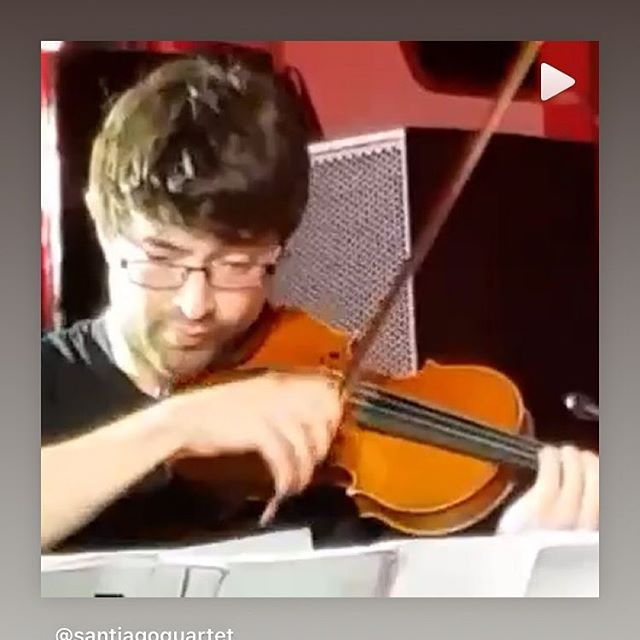 The man behind the high violin solos in Tears In Heaven. He tends to do it all in one take! #violin #applemusic #newreleases #youtube Stream new single from our biog or google Santiago Quartet