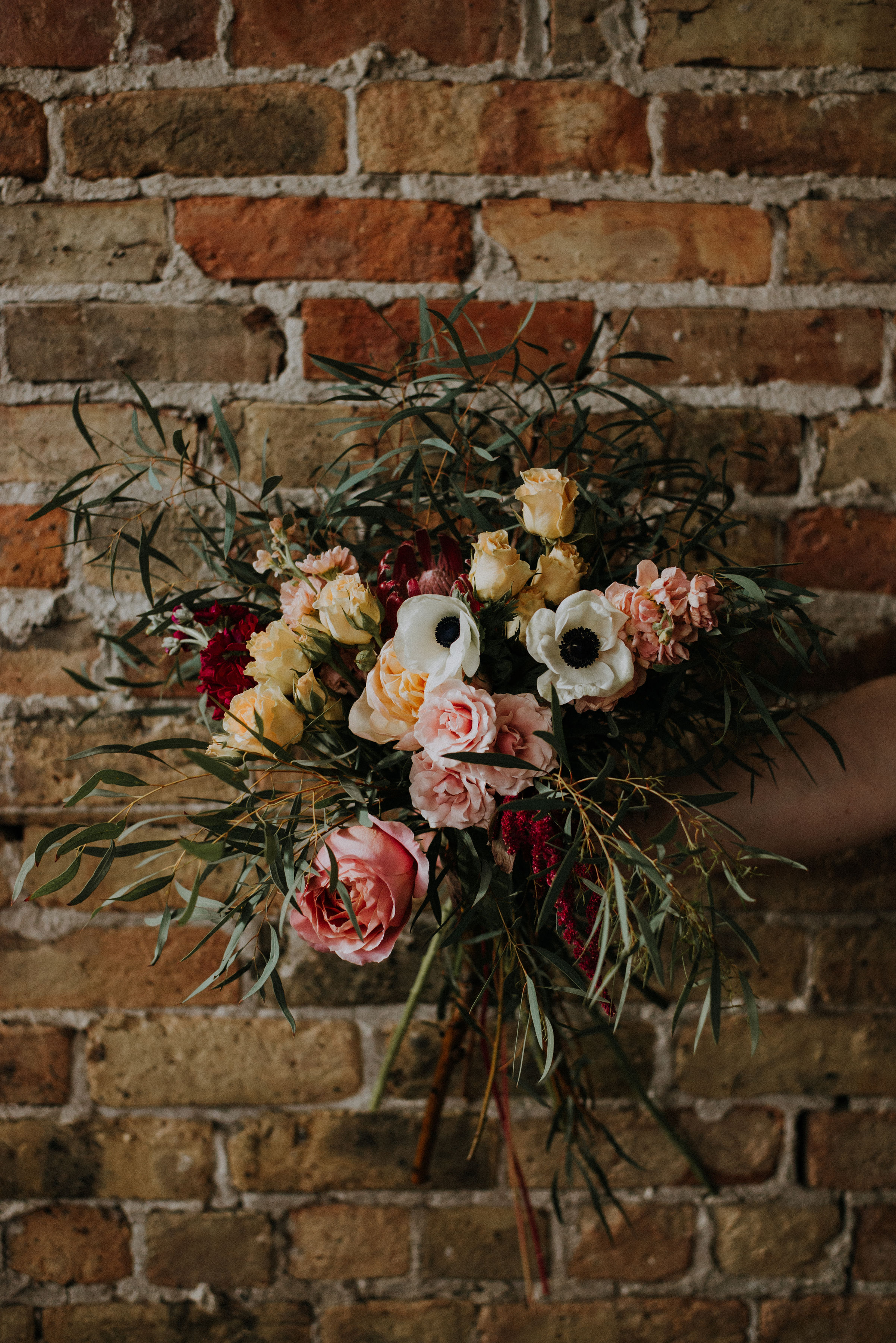 One to One - Mary is devoted to crafting unique and effortless floral arrangements and she wants to share her knowledge and expertise with both budding florists who want to learn the basics and seasoned veterans looking to adapt.One to one classes are geared towards professional florists and designed around your needs; this can include: bridal bouquet design, centerpiece design, large installations, archways, garlands, boutonnieres, color theory, sustainable business practices, and whatever else you are dying to know!Spend a day with Mary in her studio learning mechanics and asking all your burning questions. One to Ones are priced at $500.00+tax for 4 hours and include lunch, flowers for you to take home, all the tools necessary.Students can choose to add on a half hour session with a professional photographer for $300.00+ tax. They will receive 20-50 images including: head shots and images of the work they've done with Mary.Send Mary an e-mail here to set up your one to one.