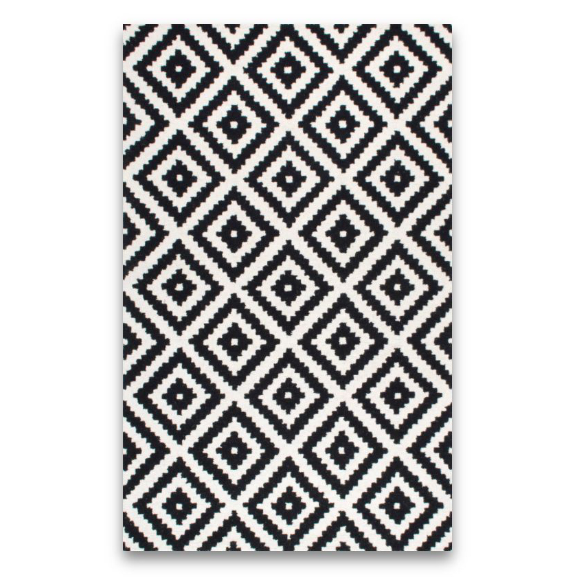 BLACK & WHITE 9'X12' AREA RUG -