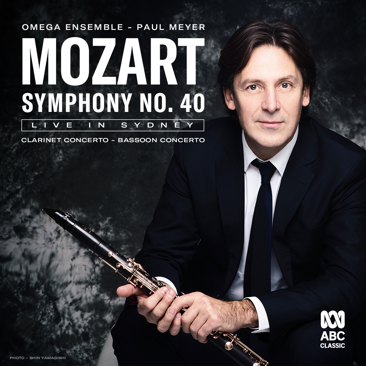 David Rowden appears as Principal Clarinet in Mozart Symphony 40.