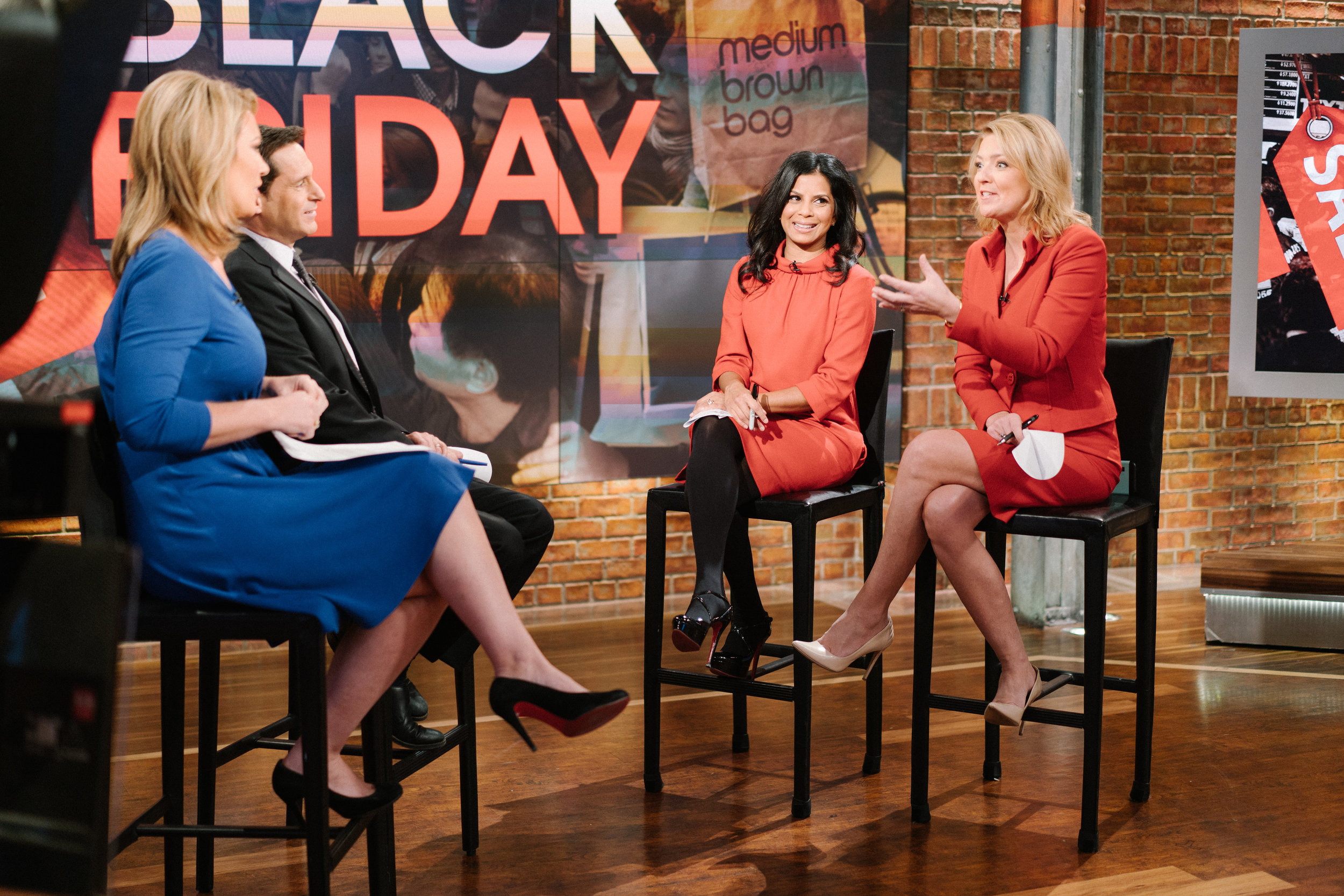 Hitha Herzog discusses Black Friday with Jon Berman and Brooke Baldwin on CNN's New Day on November 25th, 2016.
