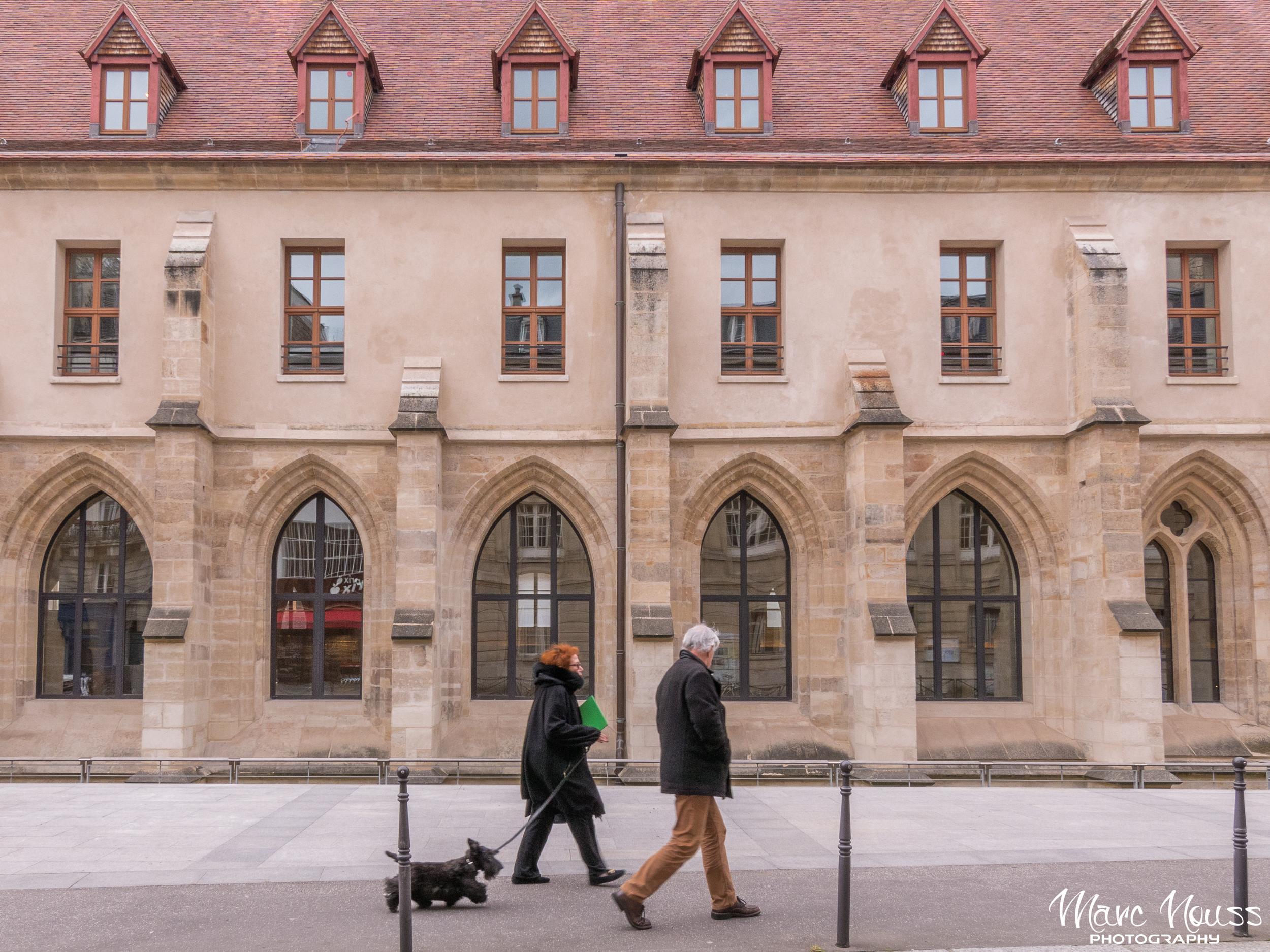 Walking in front Les Bernardins