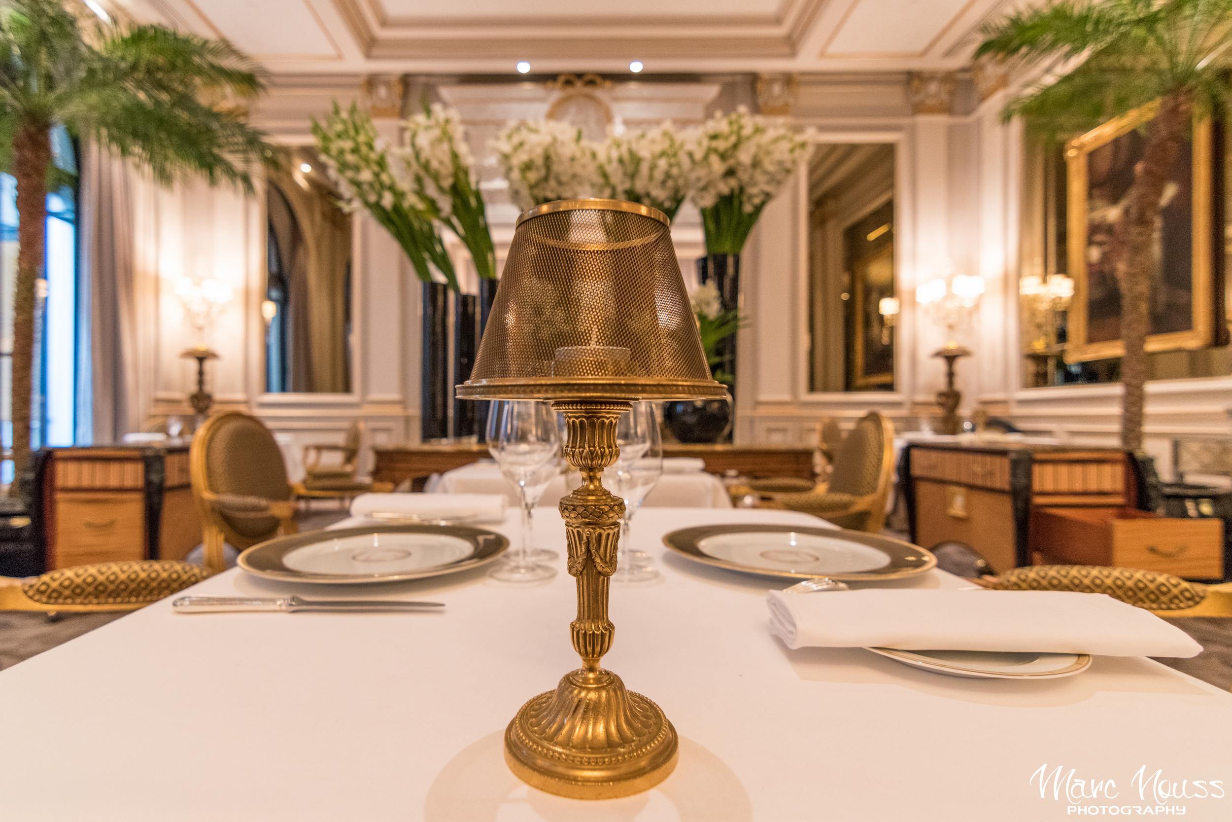 """Restaurant """"Le Cinq"""""""