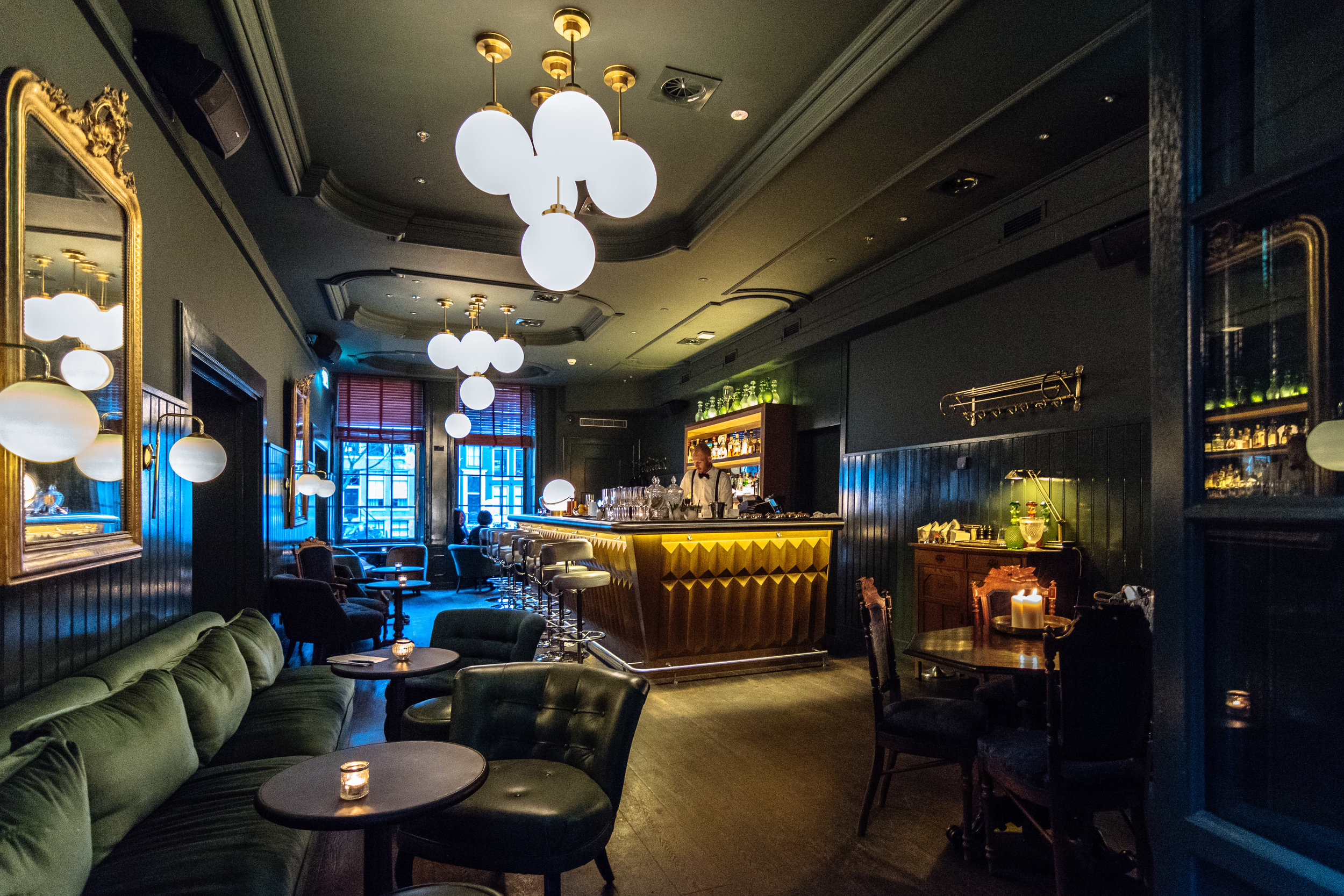 The Bar is absolutely stunning, I really love it!  Thanks for the visit Pulitzer Amsterdam, I hope to see you soon!