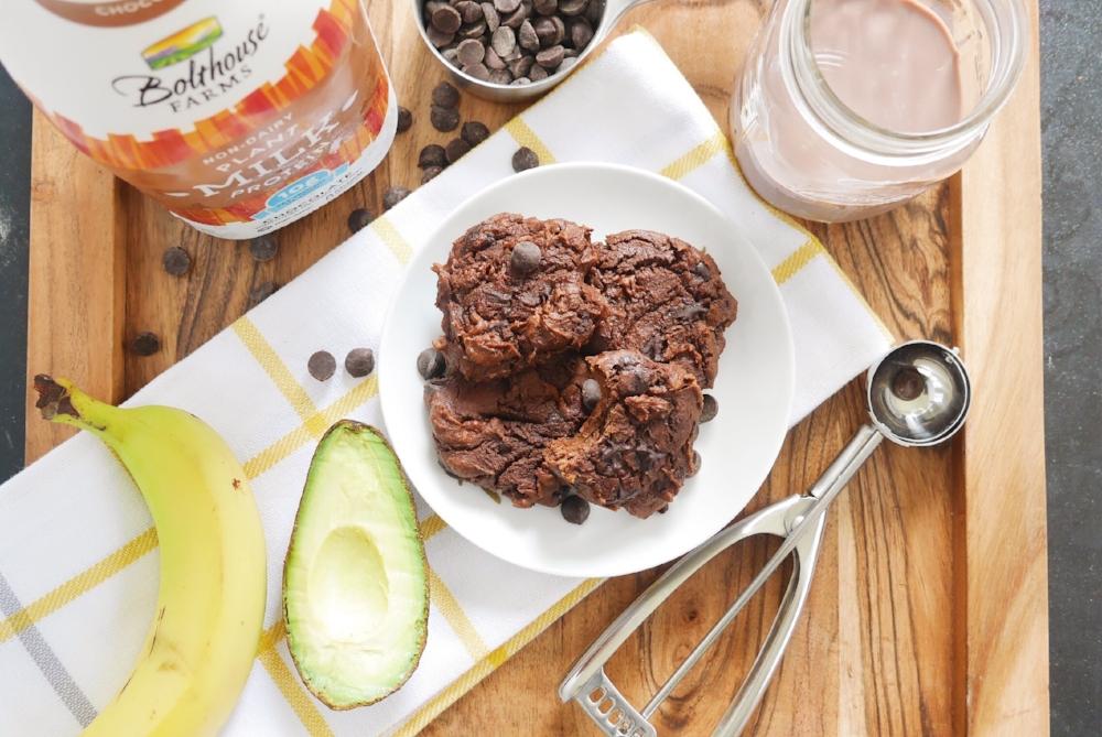Double Dark Chocolate Cookie Recipe (V) using Bolthouse Farms Chocolate Plant Milk #BHFHarvestNetwork #bolthousefarms #thefutureofmilk #eatfreely