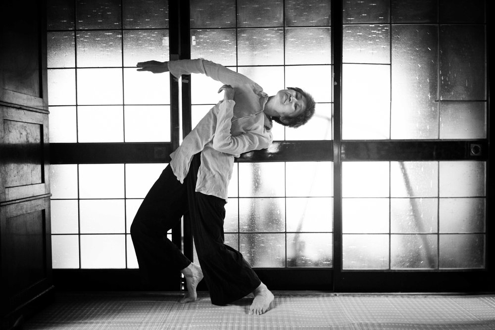 Boundary  choreographed and performed by Mari Osanai ( Japan) - 50 minutes      Mari Osanai  was born in Aomori (north top of main Island in Japan) Japan. She was trained in Classical Ballet and Modern dance at an early age and later studied jazz dance Tai Chi and Noguchi Taiso.   Noguchi Taiso and its philosophy and theory had a great influence on her creations. Her unique and complex movements are created interweaving these techniques as well as taking classes with Mr. Hironobu Oikawa. Mari Osanai's dance works have also been heavily influenced by an early exposure to Butoh in Japan in the 1980's and 90's.