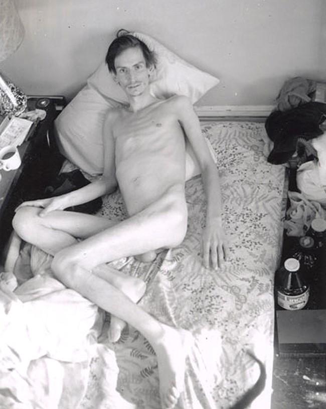 Image 6:Mark Morrisroe –  Untitled (Self-Portrait) , 1989. T-665 Polaroid. Estate of Mark Morrisroe (Ringier Collection), Fotomuseum Winterthur, Switzerland.