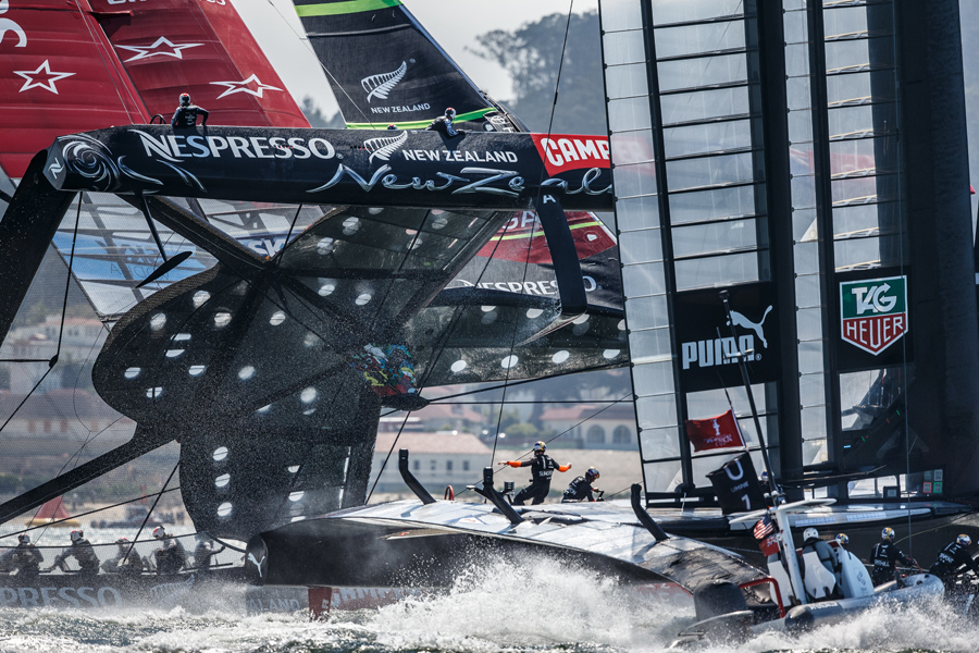 Team New Zealand comes within 1 degree of capsizing at AC34 in San Francisco 2013