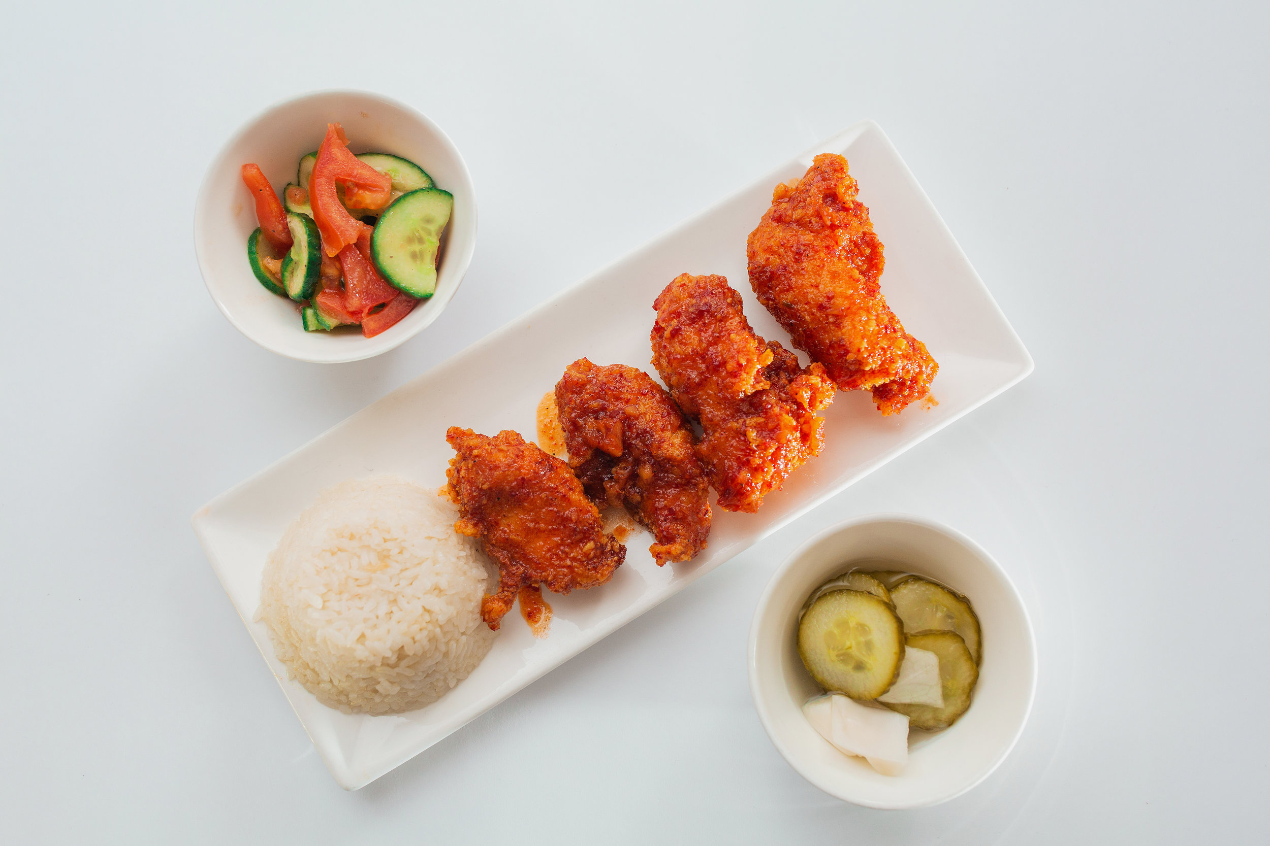 Lunch set C - 4 chicken breasts with korean spicy sauce, fresh salad, white rice and pickles290kgs