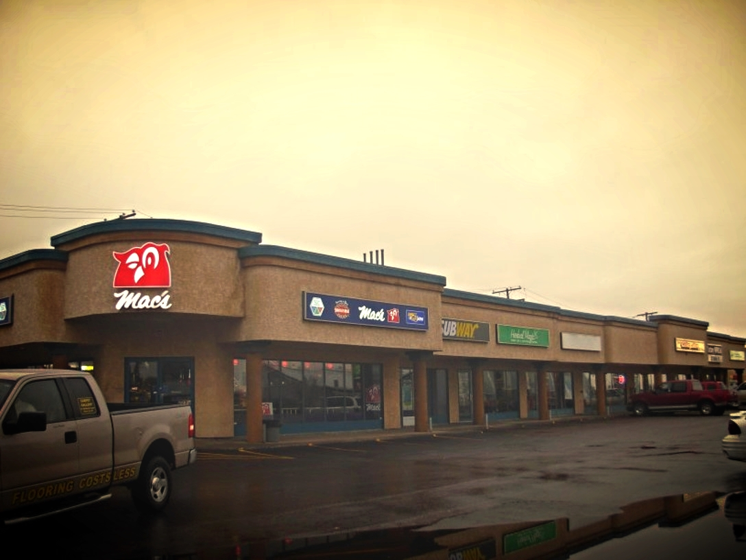 North Hill Plaza Moose Jaw