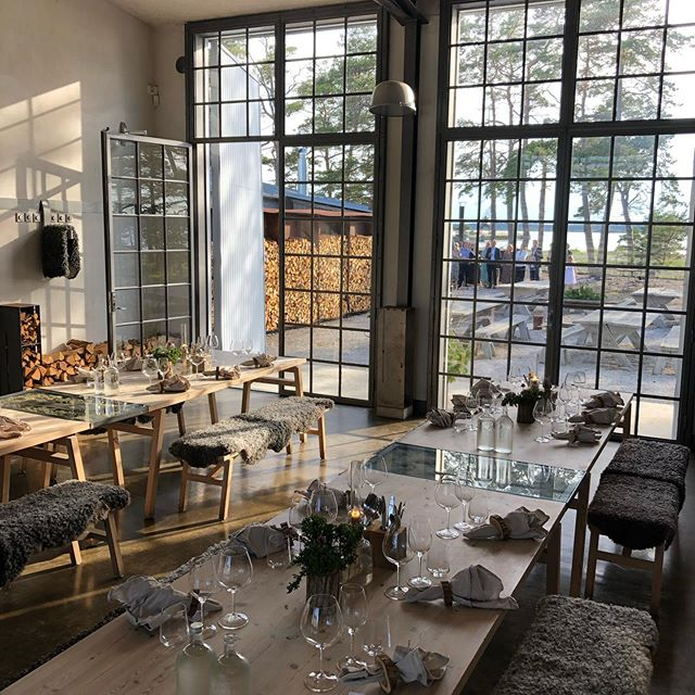 First service @fabrikenfurillen for 2019 in 5, 4, 3, 2, 1 NOW!! @nyplingsmatochvin @nyplingsgardsbutik  Book your table for the summer at www.furillen.com we start day to day service from the 5th of July.