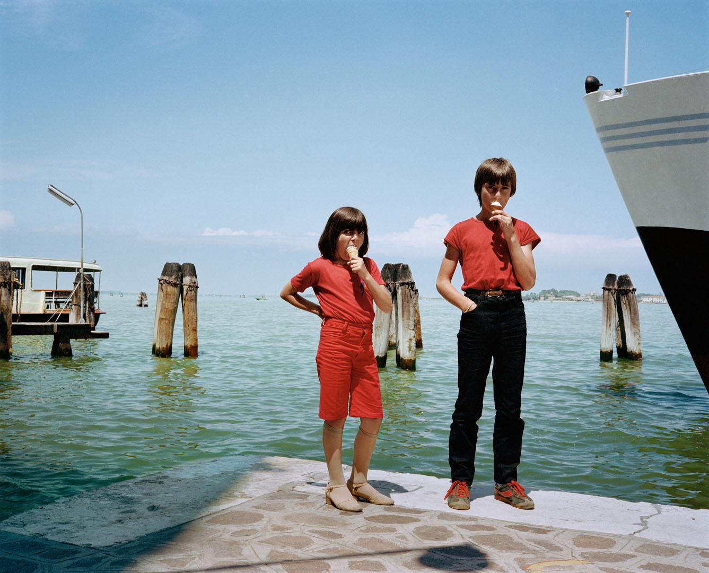 5 PG+23+kids+in+red+with+ice+cream+Venice+81+(Dolce_Via_24).jpg