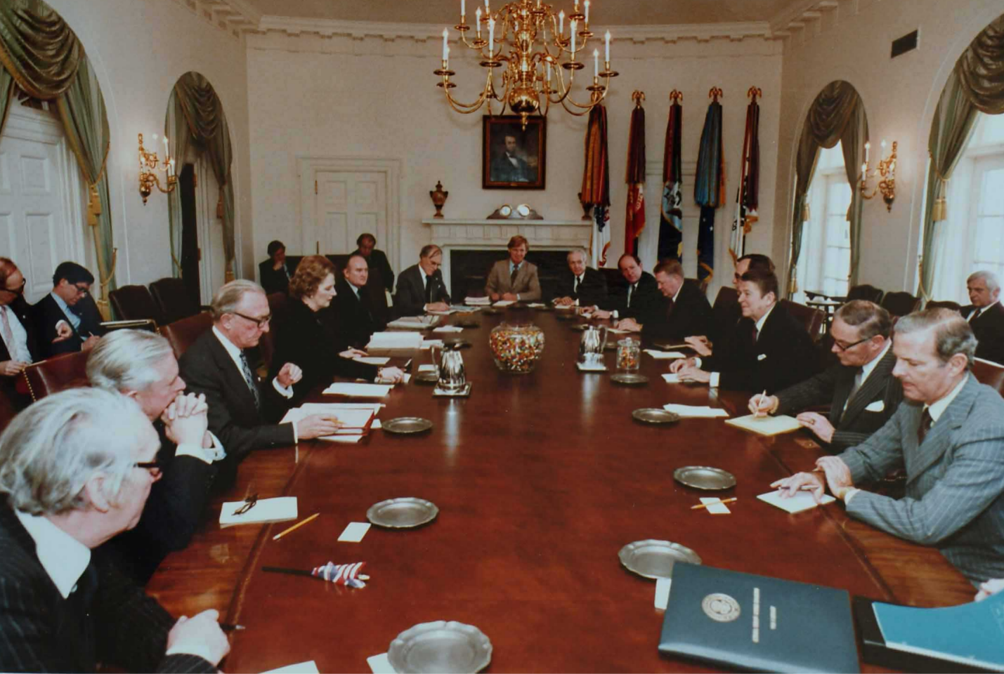 Margaret_Thatcher_White_House_cabinet_room_talks.png