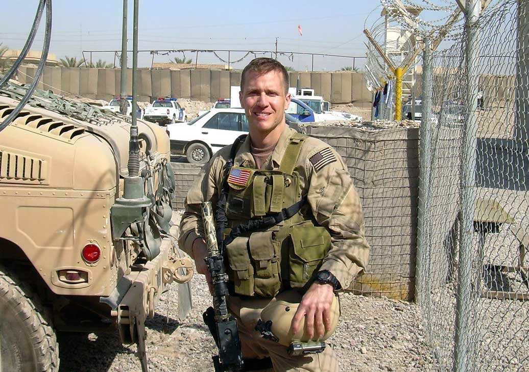 Eric-Greitens-in-Iraq_WEB.jpg