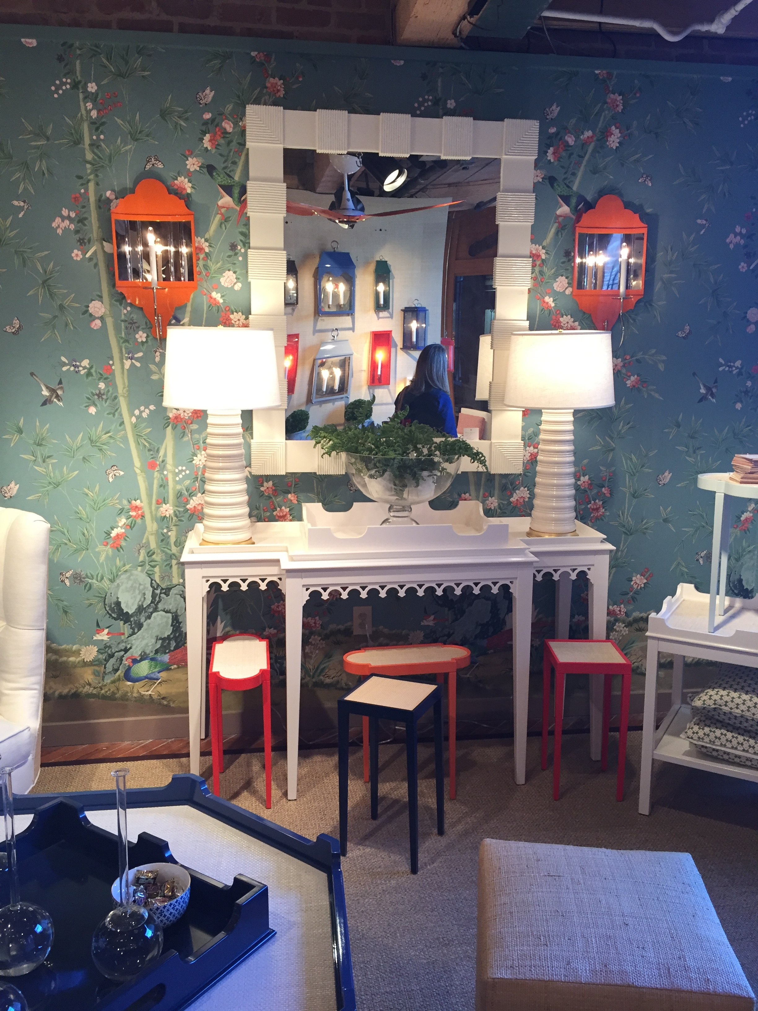 This showroom from oomph was my little treasured find. The chic designer furniture is unique. It mixes classic and modern design elements to create a look of its own. Perfection!