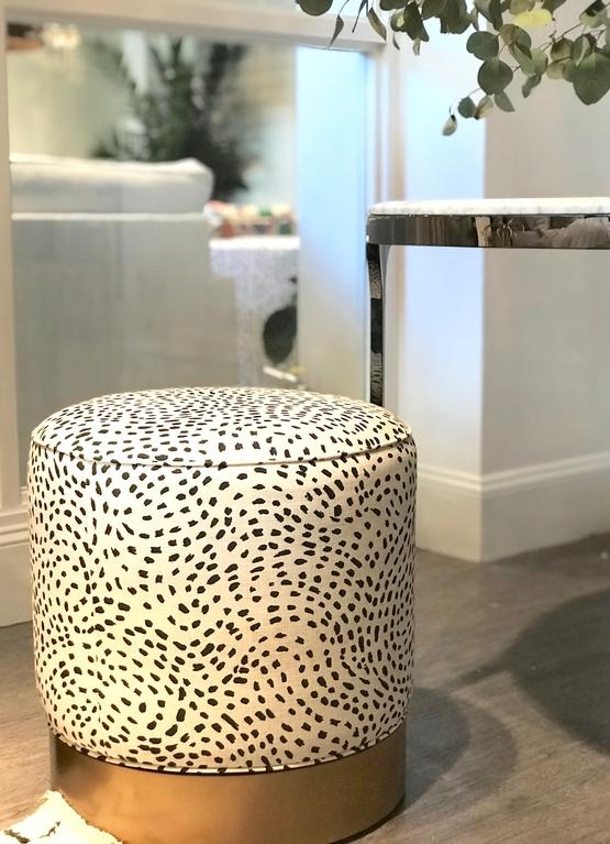 jennifer-lynn-interiors-dutchess-county-12401-design-home-trends-spring-printed-ottoman