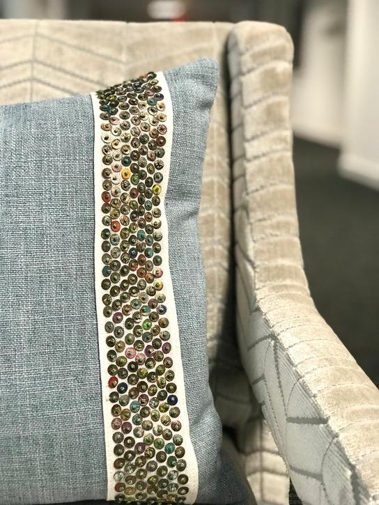 jennifer-lynn-interiors-dutchess-county-12401-design-home-trends-spring-pillow-details