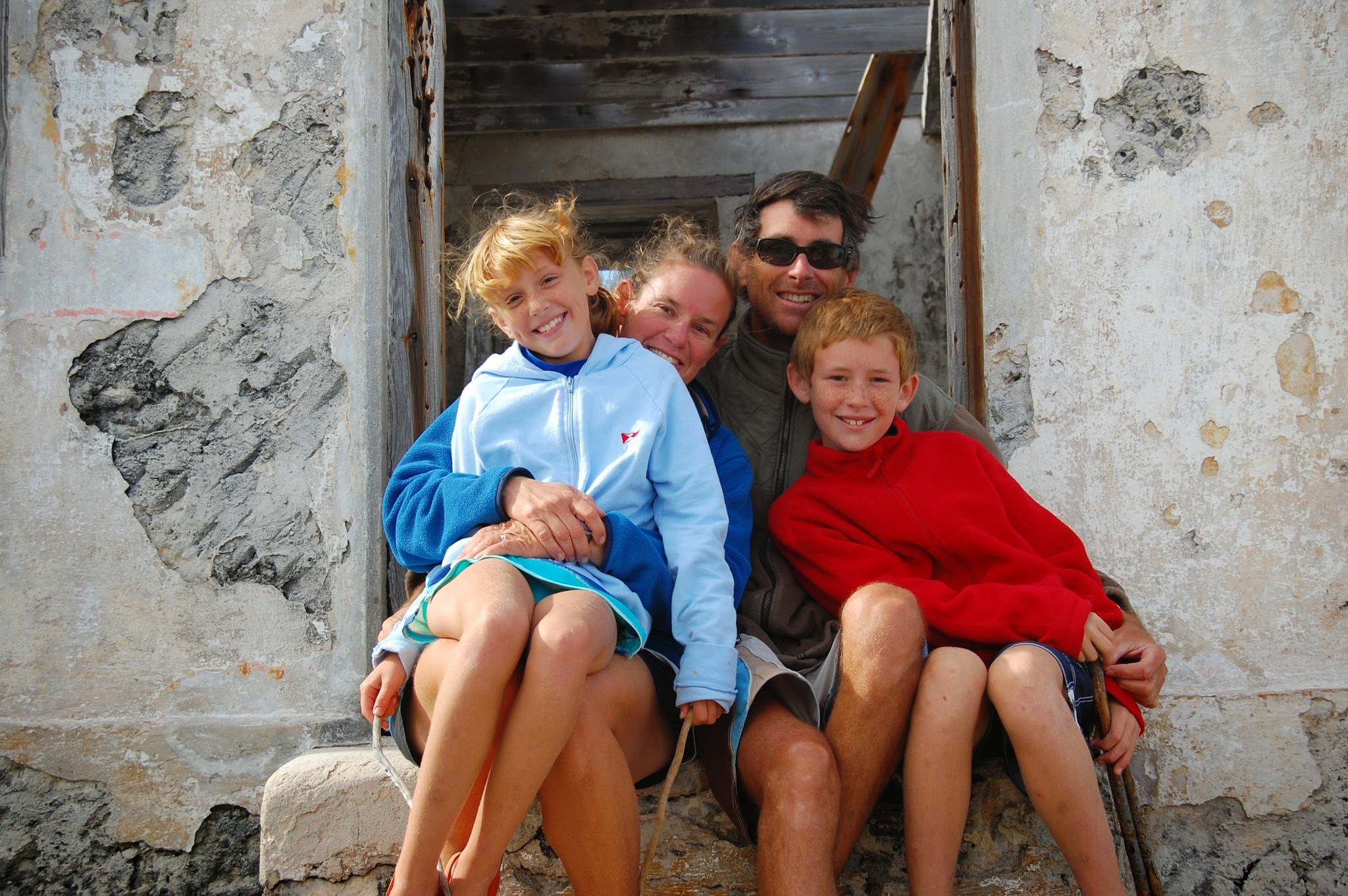 Family photo, Cherokee Point, Bahamas (Abacos) 2009