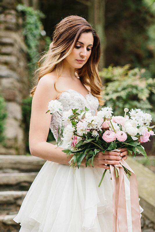 HNP-Modern-Fairytale-Spring-Wedding-Styled-Shoot_043.jpg