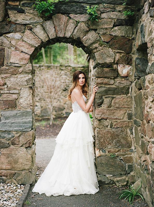 HNP-Modern-Fairytale-Spring-Wedding-Styled-Shoot_069.jpg
