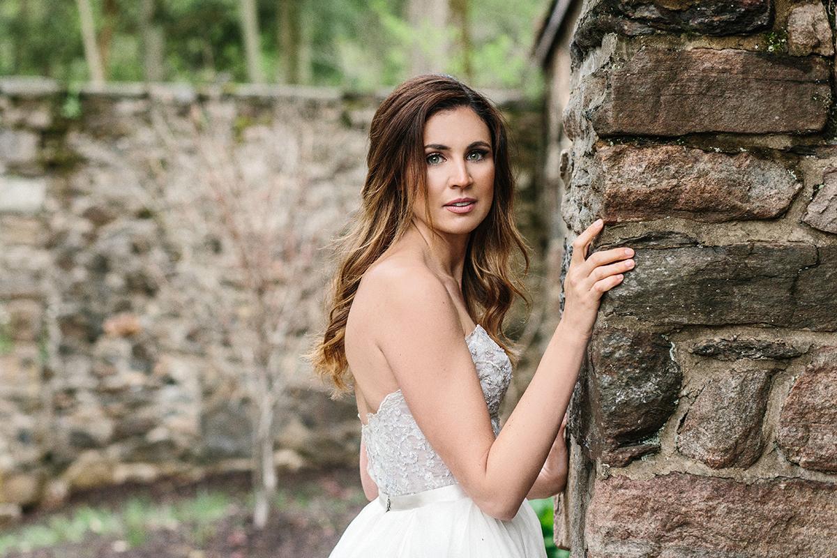 HNP-Modern-Fairytale-Spring-Wedding-Styled-Shoot_070.jpg