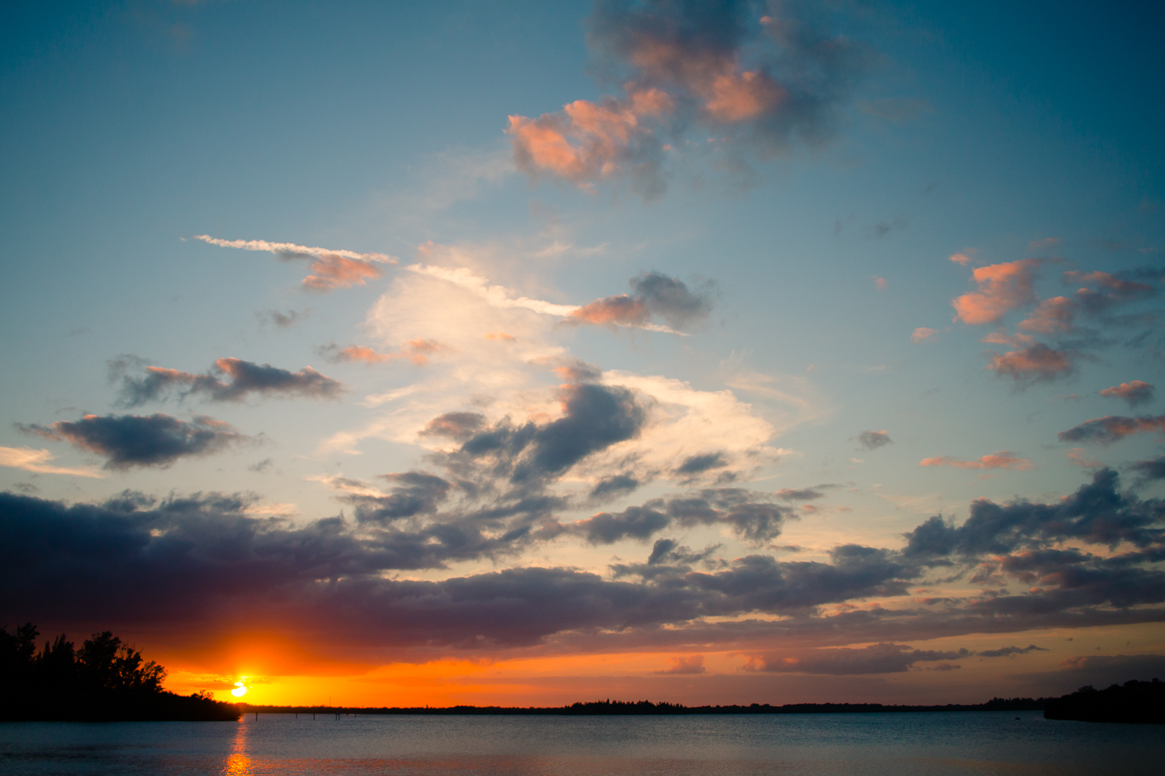 Sunset over Indian River Lagoon_ FlBoatRentals_natehphoto-7776.jpg