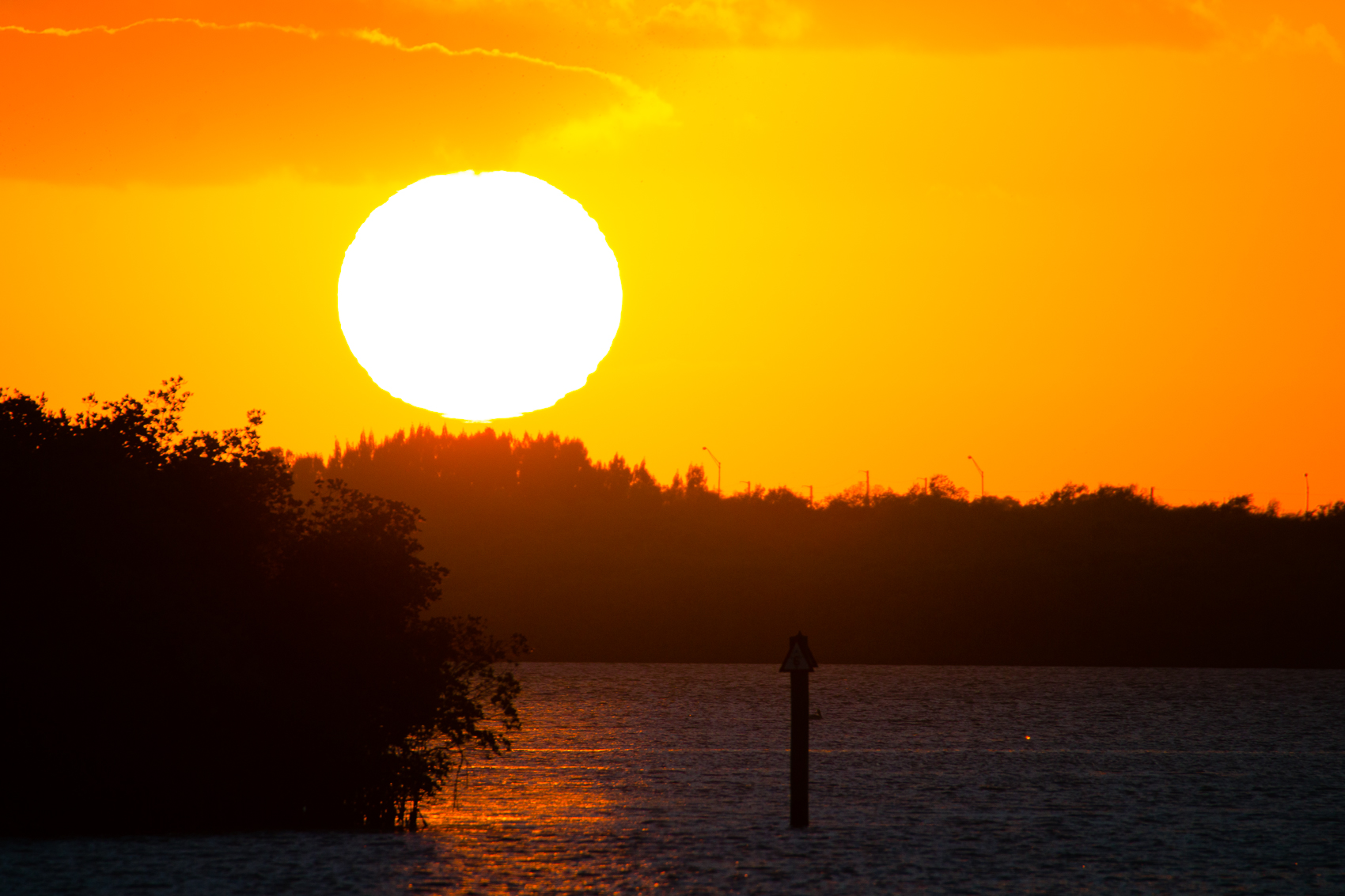 Sunset over Indian River Lagoon_ FlBoatRentals_natehphoto-7779.jpg