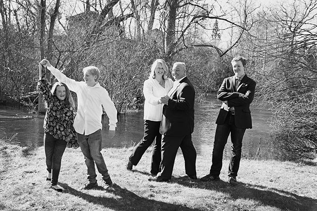 She knew us for less than an hour and somehow captured the essence of us. Thank you Stacy! @stacy.drenth #family #photoshoot #passionatephotographer #somuchfun #thisisus