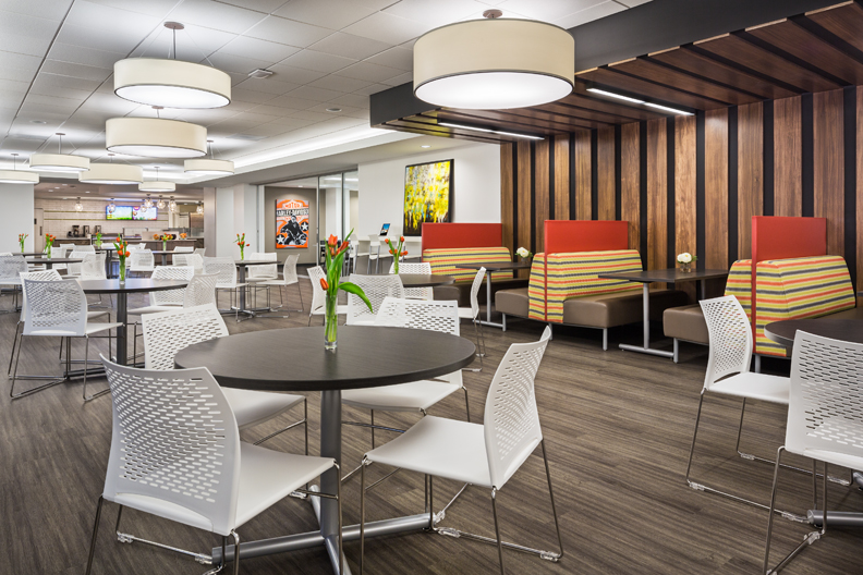 4370 Cafe Seating Area.jpg