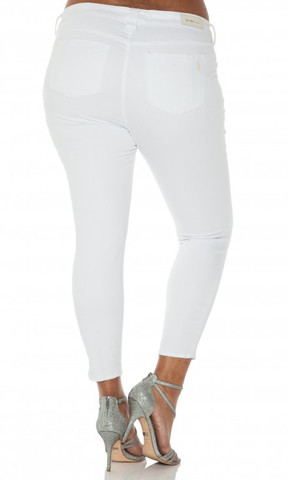 Courtesy of HeyGorgeous.com  Slink Jeans