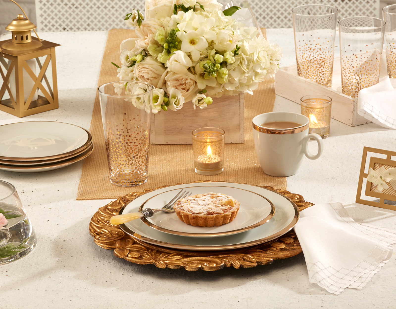 247886-APP-05-02-15-ENTERTAINING  MULTI ELEGANT DINNER PARTY-DM-1.jpg