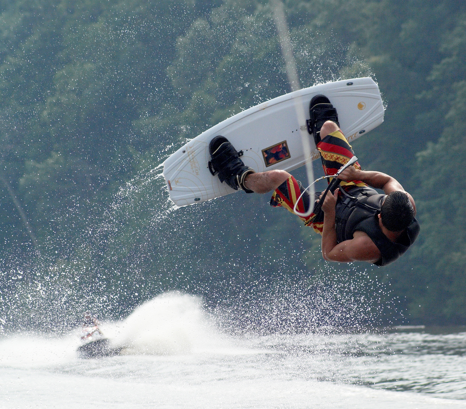Jimmy_wakeboarding_0112.jpg