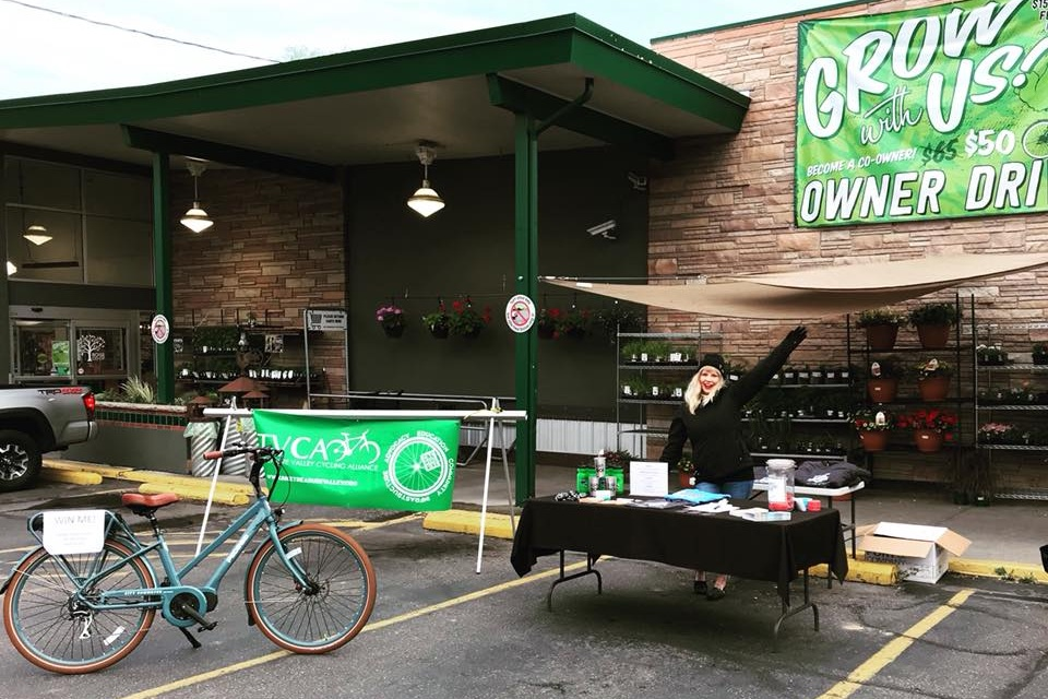 National Bike to Work Day - Friday, May 17 from 7-9 AM. Power up for the morning by stopping at various locations for coffee and treats - ride your bike and it's free! The Boise Co-op will once again be our title stop location with multiple organizations present to talk biking, as well as a mobile bike repair van. Other locations include Bikes and Beans, Benchmark Bodega, Boise State Cycle Learning Center, Frog's Fix Coffee Parlor, Lemon Tree, St. Luke's, and Zero Six Coffee Fix. Check out the map of stops here. Watch this page and the Facebook event for updates.
