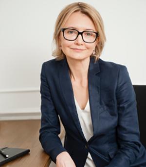 Oksana Kolmogorova  READ FULL BIO