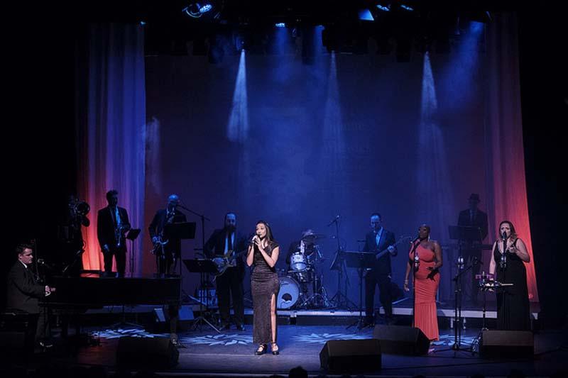 Arabella Rodrigo and company performing music from Back To Bacharach