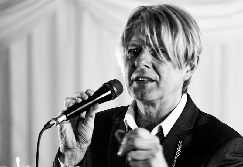 Paul Antony stars in Pop-Up Bowie at Abergavenny Borough Theatre